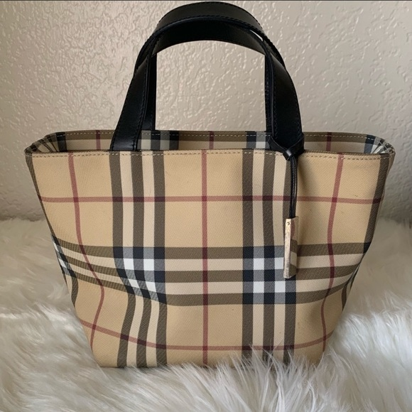 Burberry Handbags - Authentic Burberry tote bag